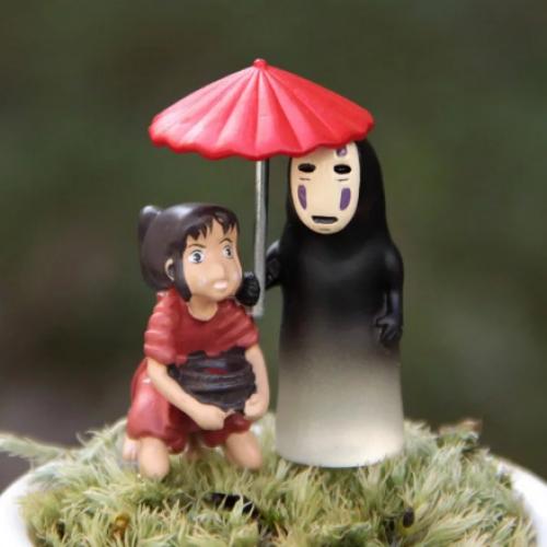 Фигурка Безликий с зонтом