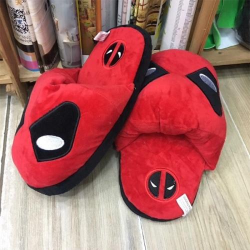 Домашние тапочки Deadpool